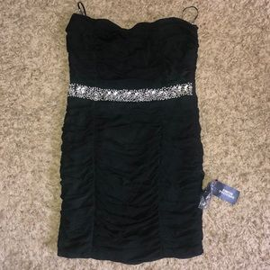 Forever 21 size medium strapless dress